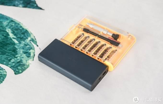 绿联20000mAh SCP双向快充充电宝拆解,真材实料!