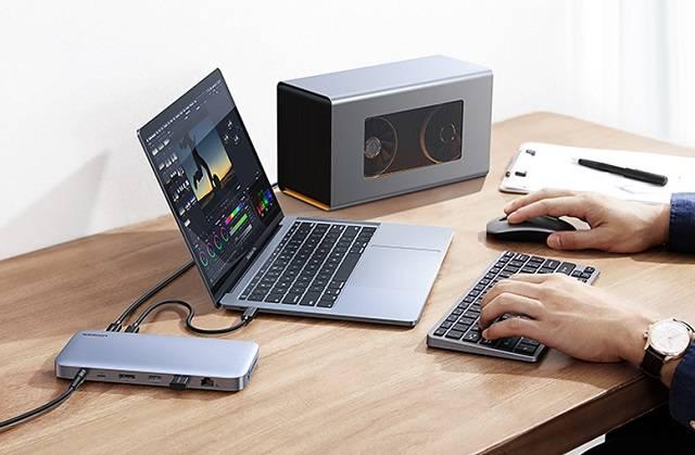 雷电3接口笔记本连接扩展坞U盘方法
